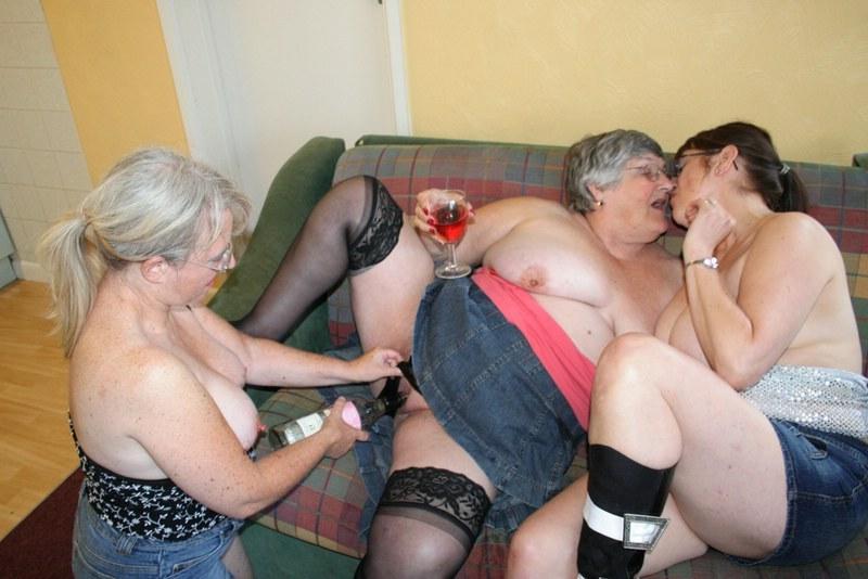 Granny Lesbisk Orgier Bedstemor Libby Fra England-3842