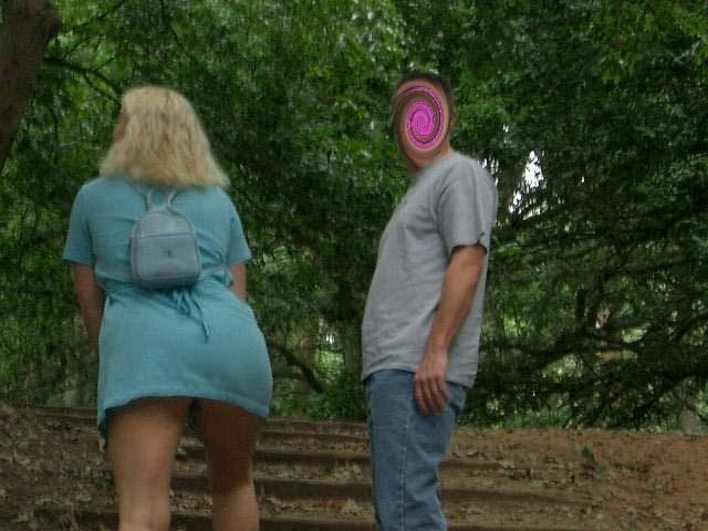 exhibitionist threesomes