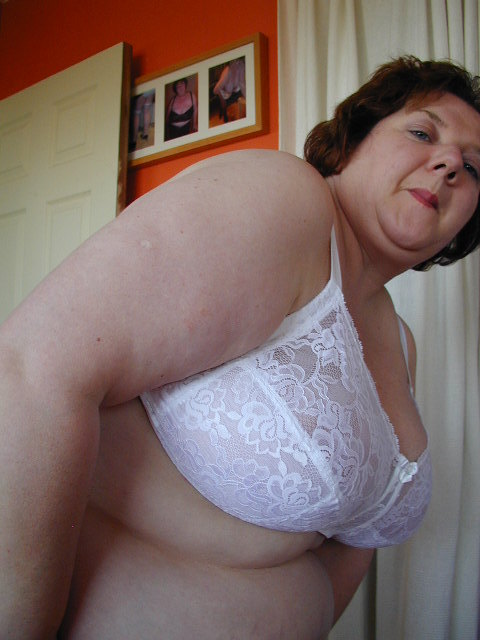 Amateur bbw sex with multiple cocks 8
