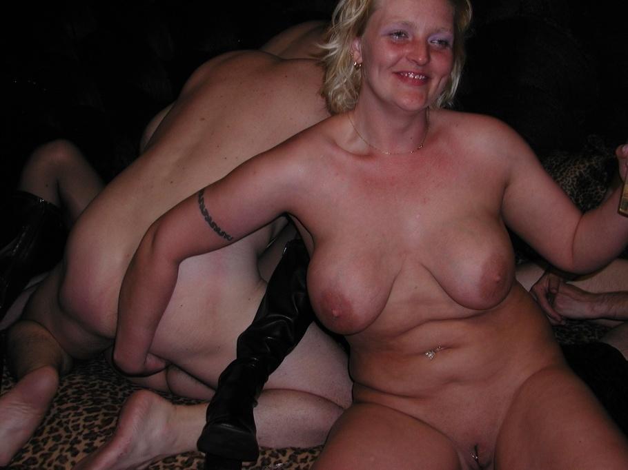 cougar amateur escort girl laval