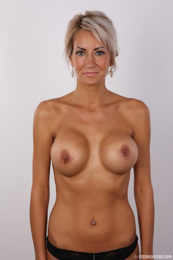 Tan blonde big tits nude