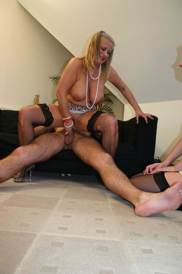 Old mature cum in mouth and sauna old young 8