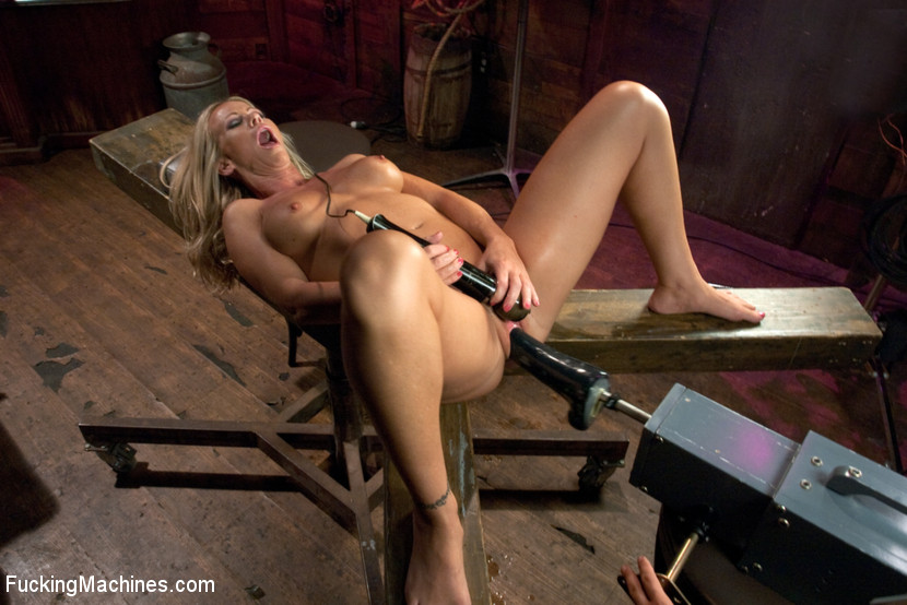 Sexy blonde squirts and orgasms loudly as f - XXX Dessert - Picture 5