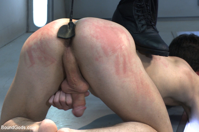 Hard master gives guy pain with whip chain dessert picture
