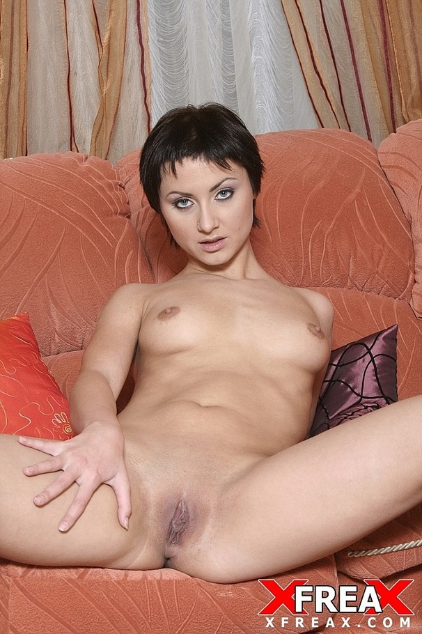 Short Hair Teen Blowjob