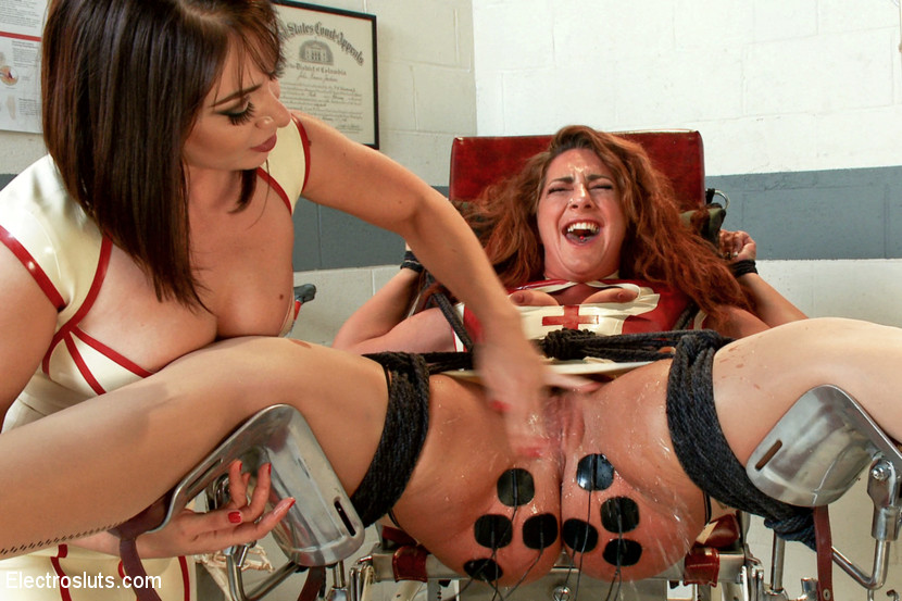 Red Head Wife Threesome