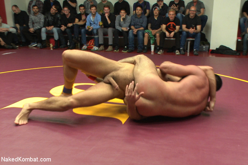 Four nude male studs wrestle before audienc - XXX Dessert - Picture 3