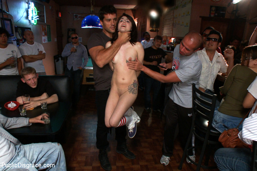 3d sushi waitress getting her pussy fingered - 3 9