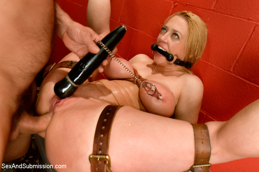 Rough sex and submission bondage