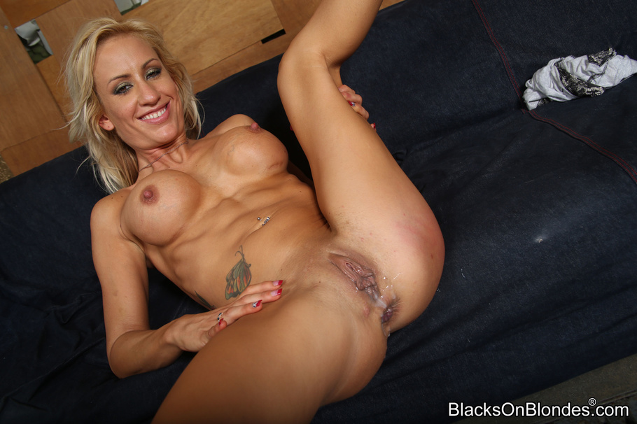 Blonde slut with tattoos gets fucked from her neighbor 5