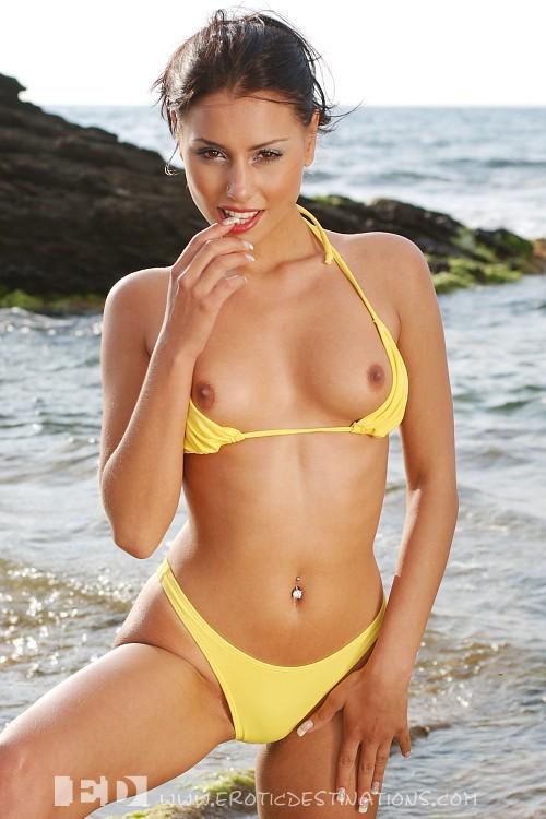 Hot sexy bikini xxx
