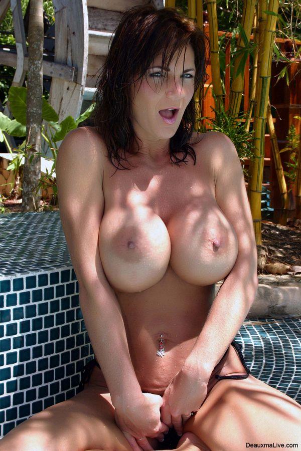 Seductive Looking Big Tits Brunette In Black Bikini Cools ...