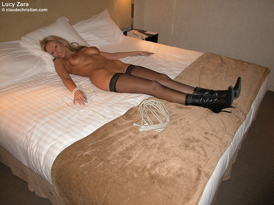 Xhamster pantyhose tied and fucked