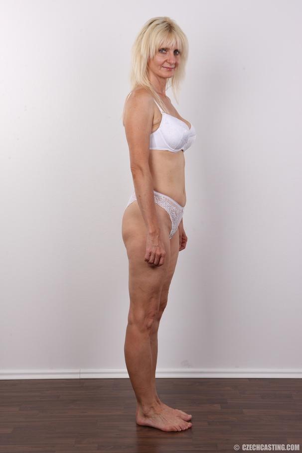 Skinny blonde girl fucked