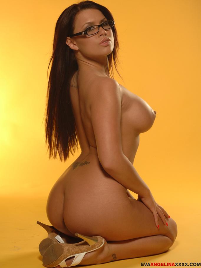 hot brunette glasses naked