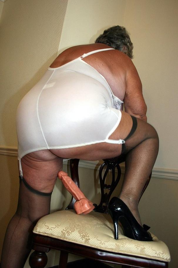 Girl pissing pants
