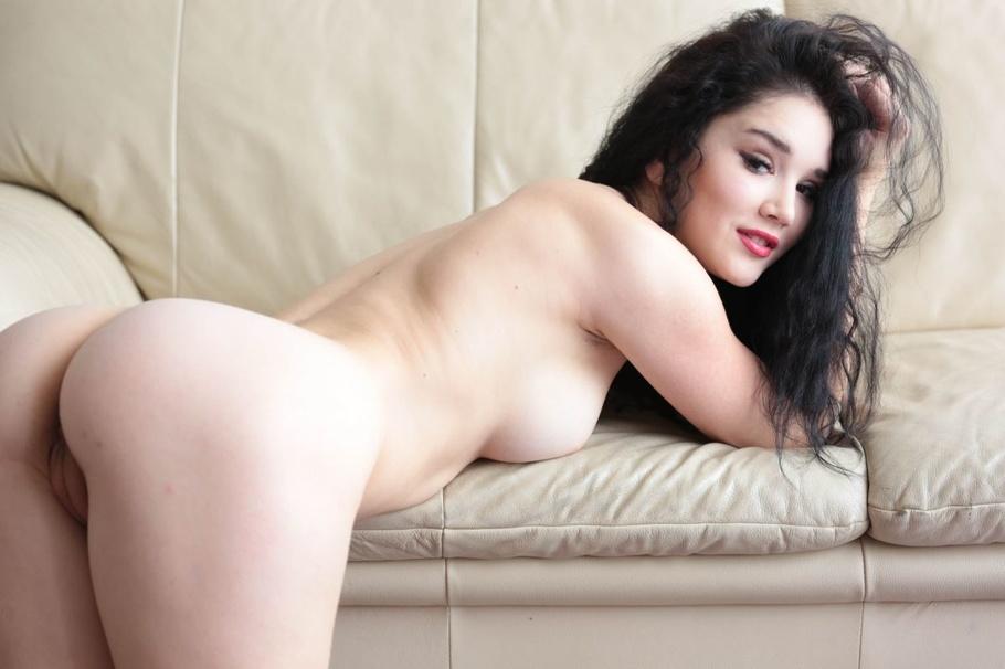 bald porn girl