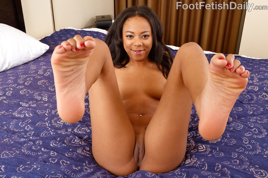 sexy feet and cunt