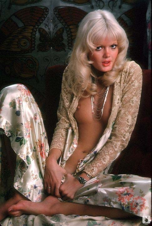 Nude girl 70s blonde apologise, there offer