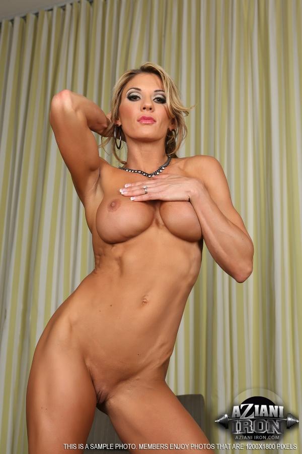 lady nude Iron