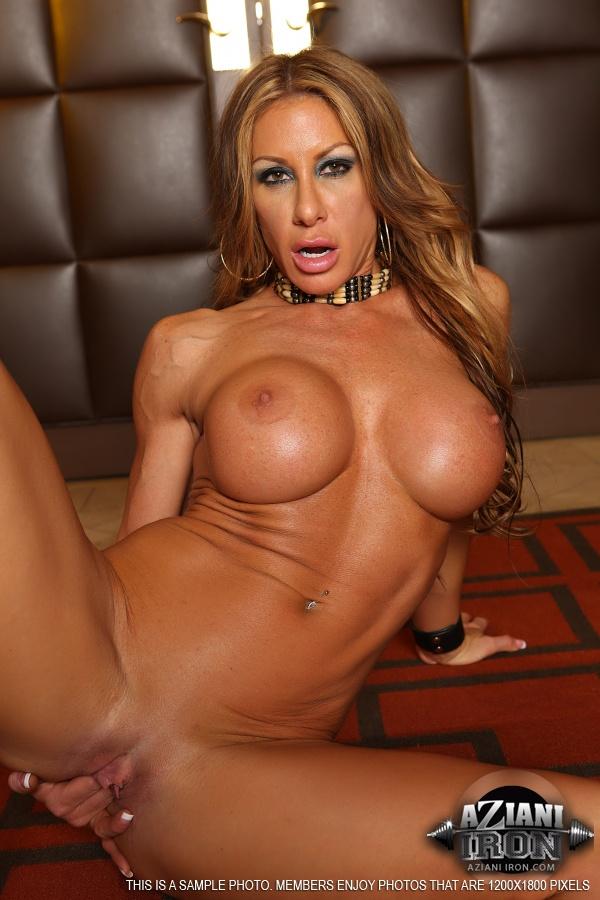 Big Aunty Nude