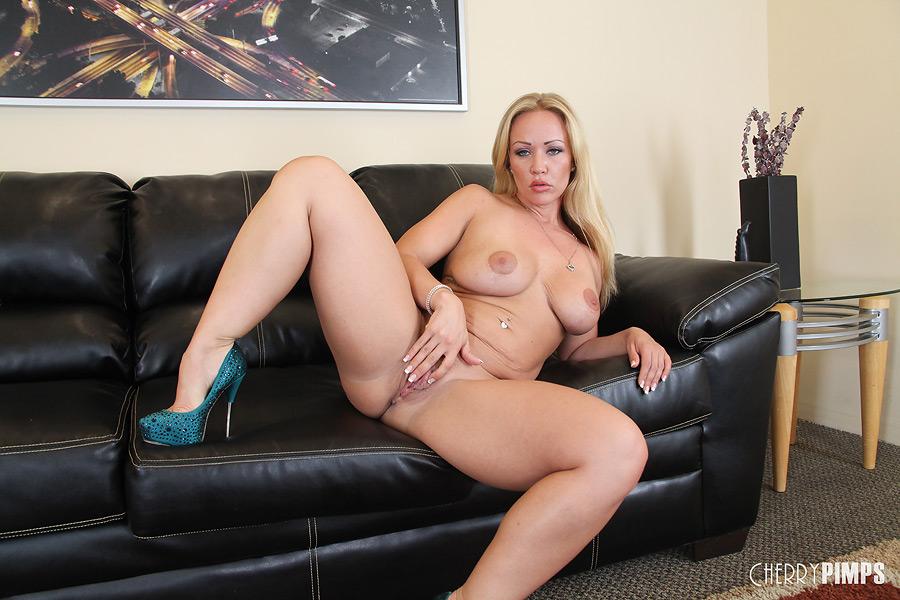 Porn stars pussy photos