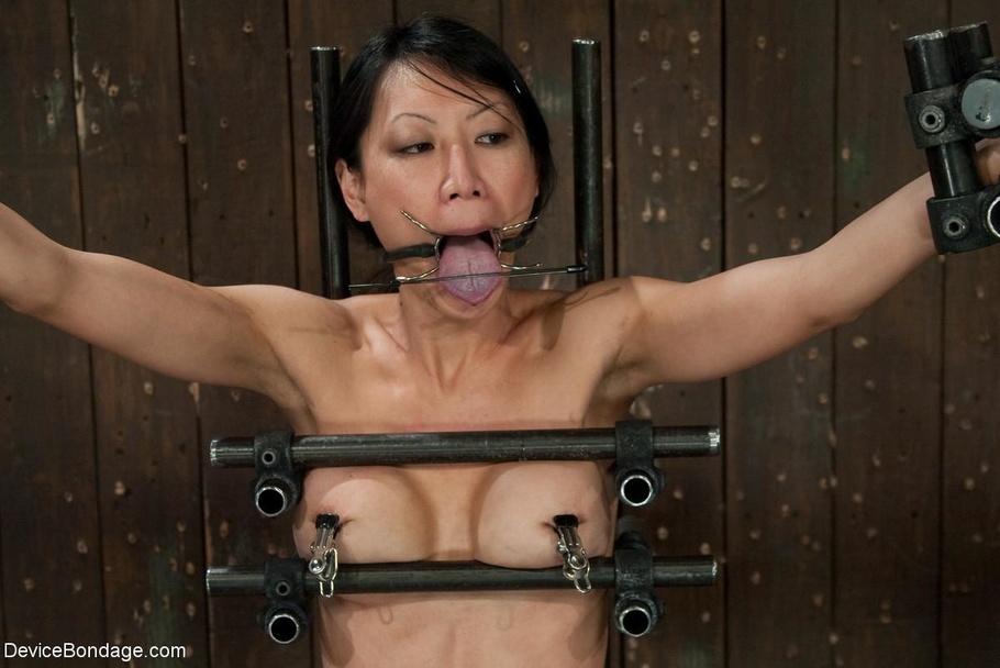 Asian milf bound and gangbang japan