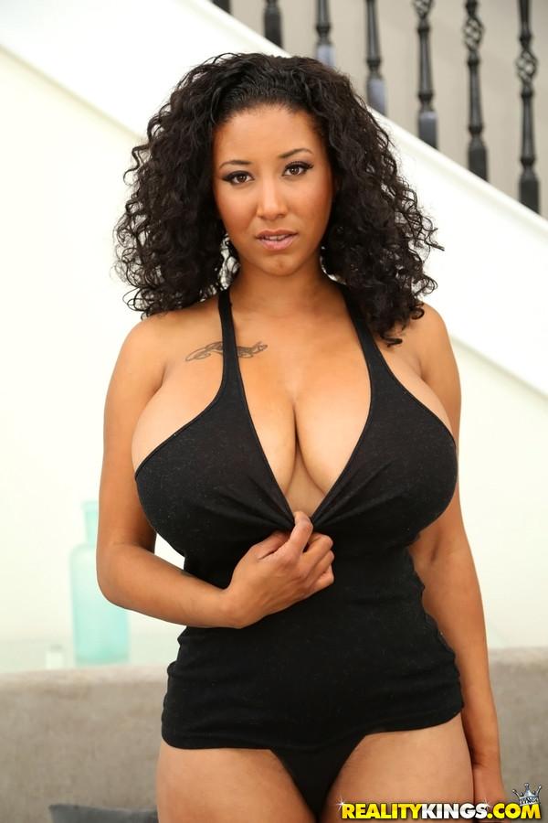 Sex reality girls with big boobs and hairy bikinis