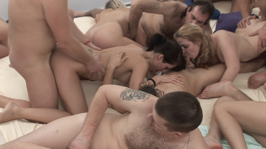 People having sex on the floor