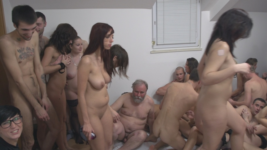 Unbelievable Swingers Party With So Many Participants -7178