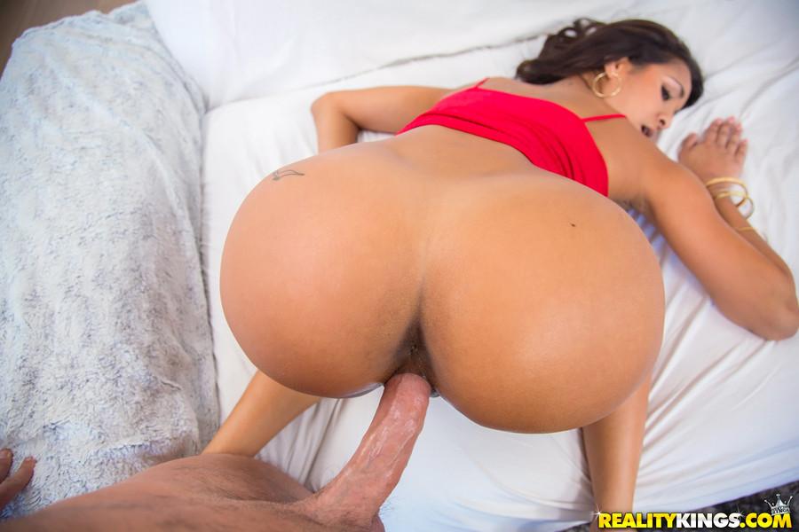 Sexy Latina Milf Fucked