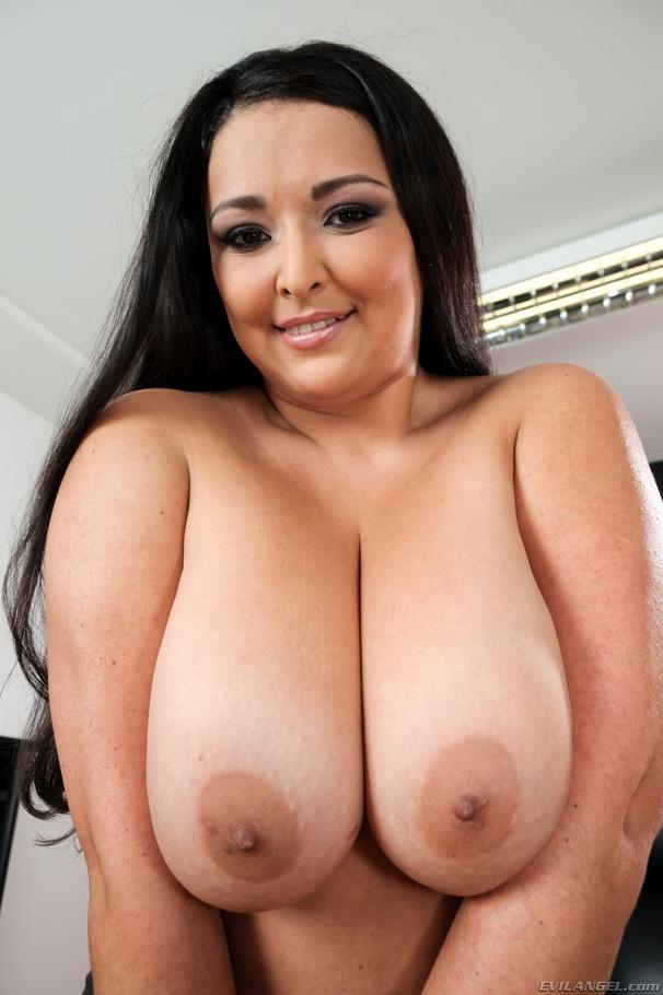 Redhead Chubby Big Tits