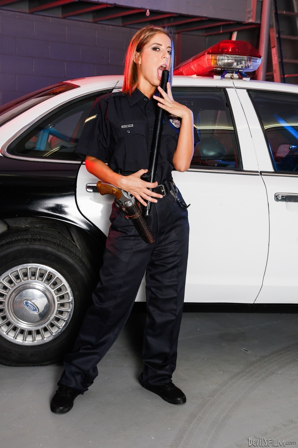 Showing images for real police xxx-6742