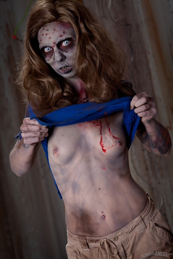 nube zombie girl pussy