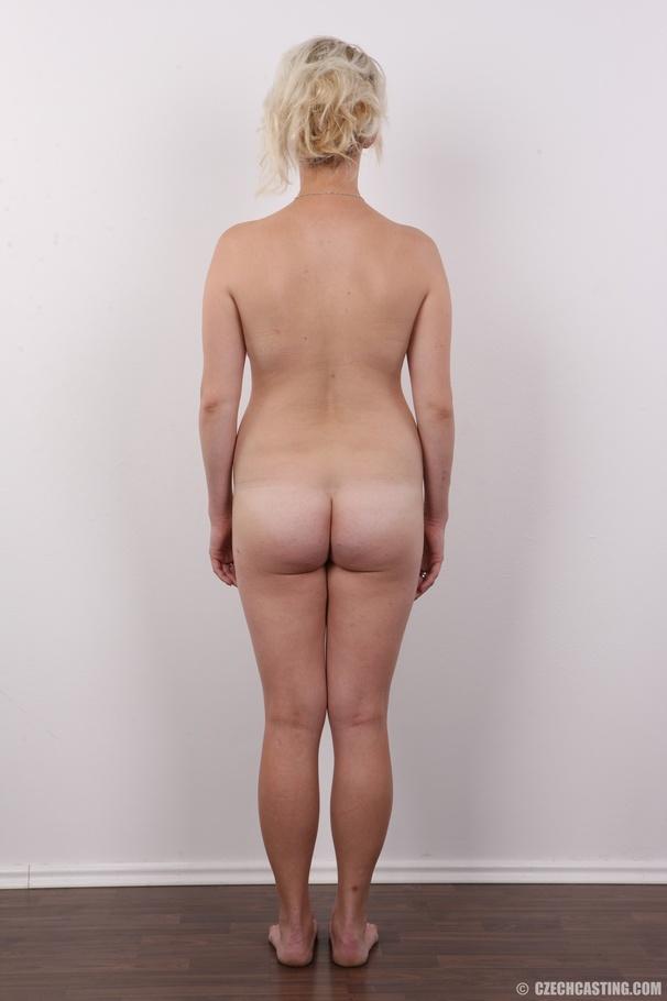 Upskirt big ass milf boobs