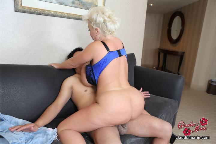 German bbw cludia masturbation and riding