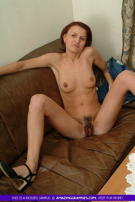 Skinny Granny Shows Her Juicy Tits And Hair - Xxx Dessert -6196