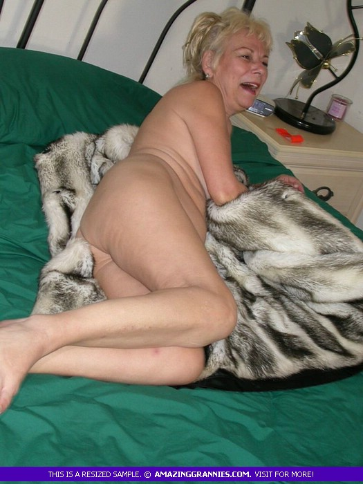 grannies blonde Sexy nude