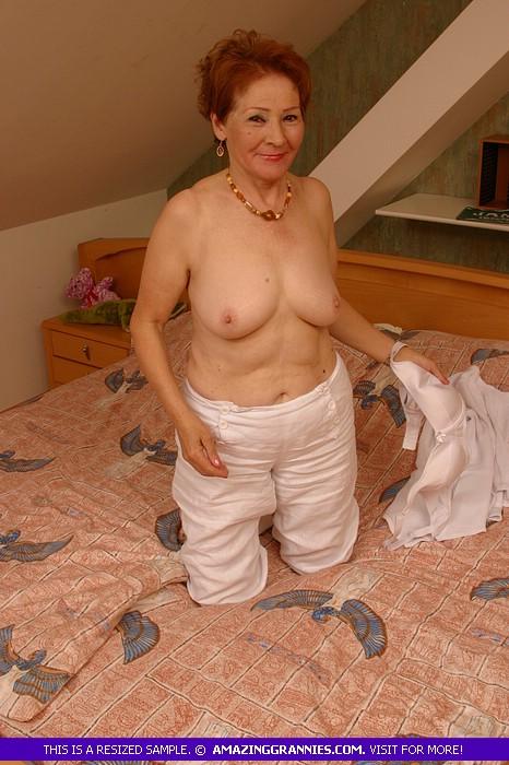 Whitney houston nuded