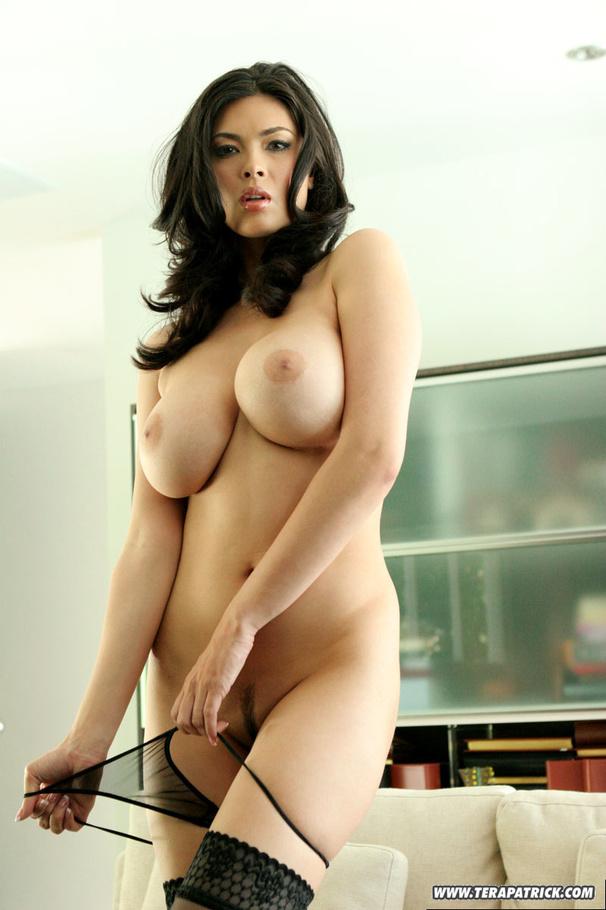 Nude Tera Patrick Nude Calender Photos