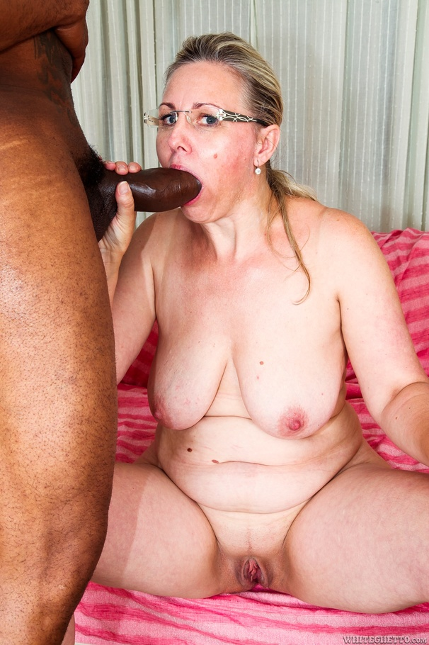 Black cock cuckold super 8