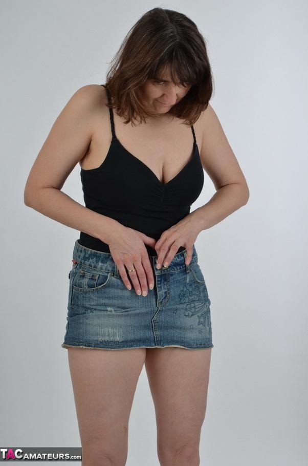nude female athletes butts