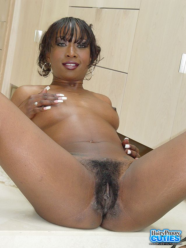 Xxx rated amatura women with big titties and hair pussys