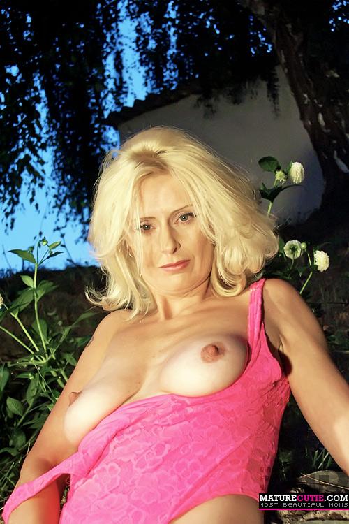Nude maxican porn pics