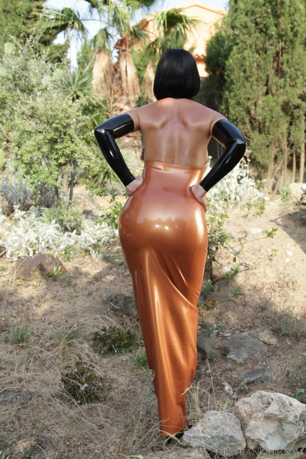 latex dress sex x