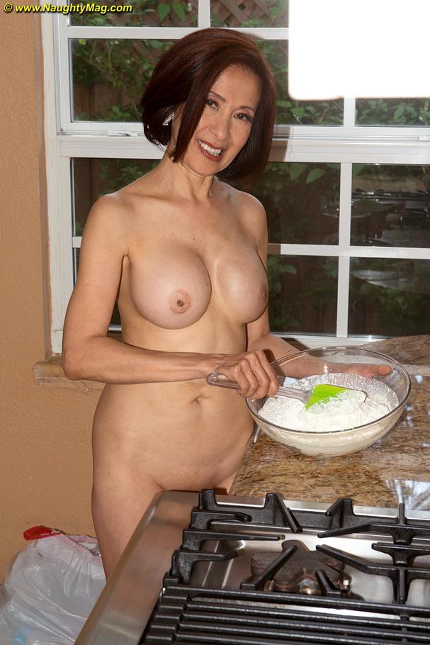 High Heels Wearing Asian Gilf Cooking And M - Xxx Dessert -6021