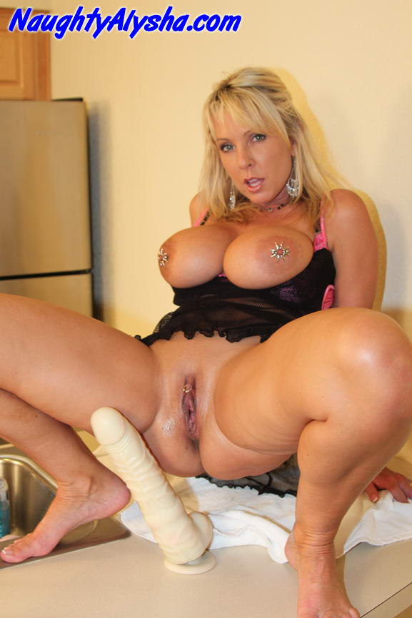 Arousing Blonde Slut With Huge Pierced Tits - Xxx Dessert -9182
