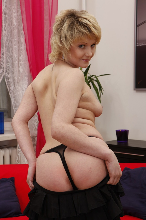 Stockings-clad short-haired blonde enjoys brutal anal sex - XXXonXXX - Pic 3