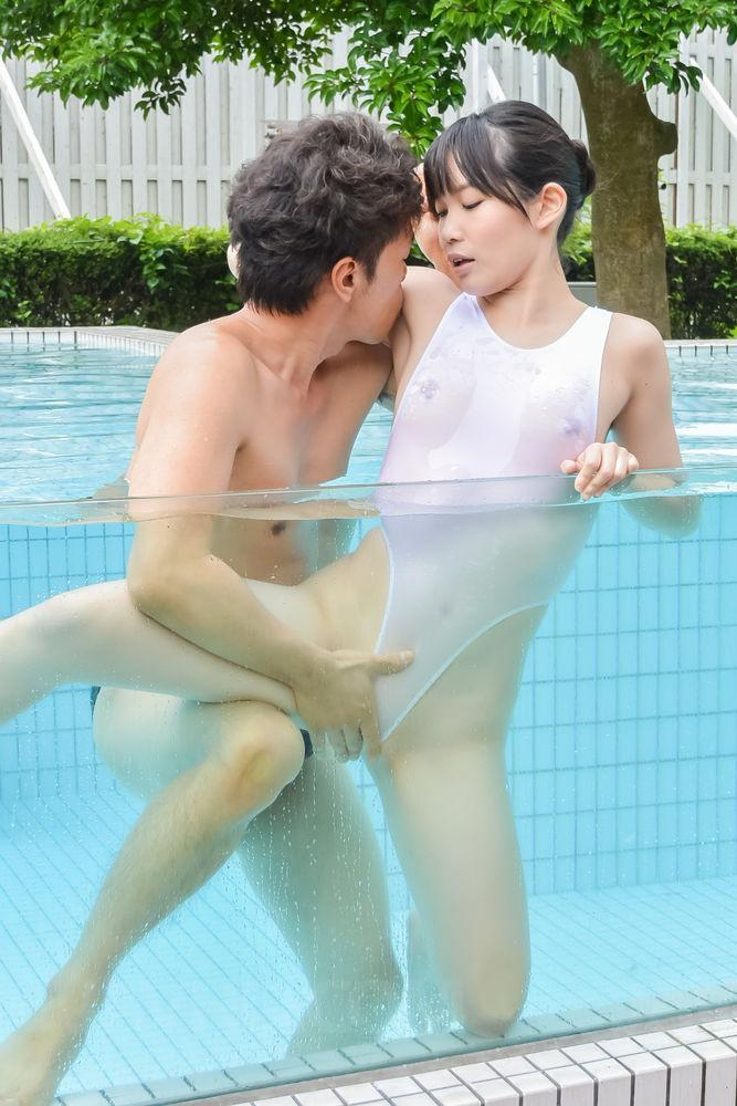 Ebony Nude Twerking Public