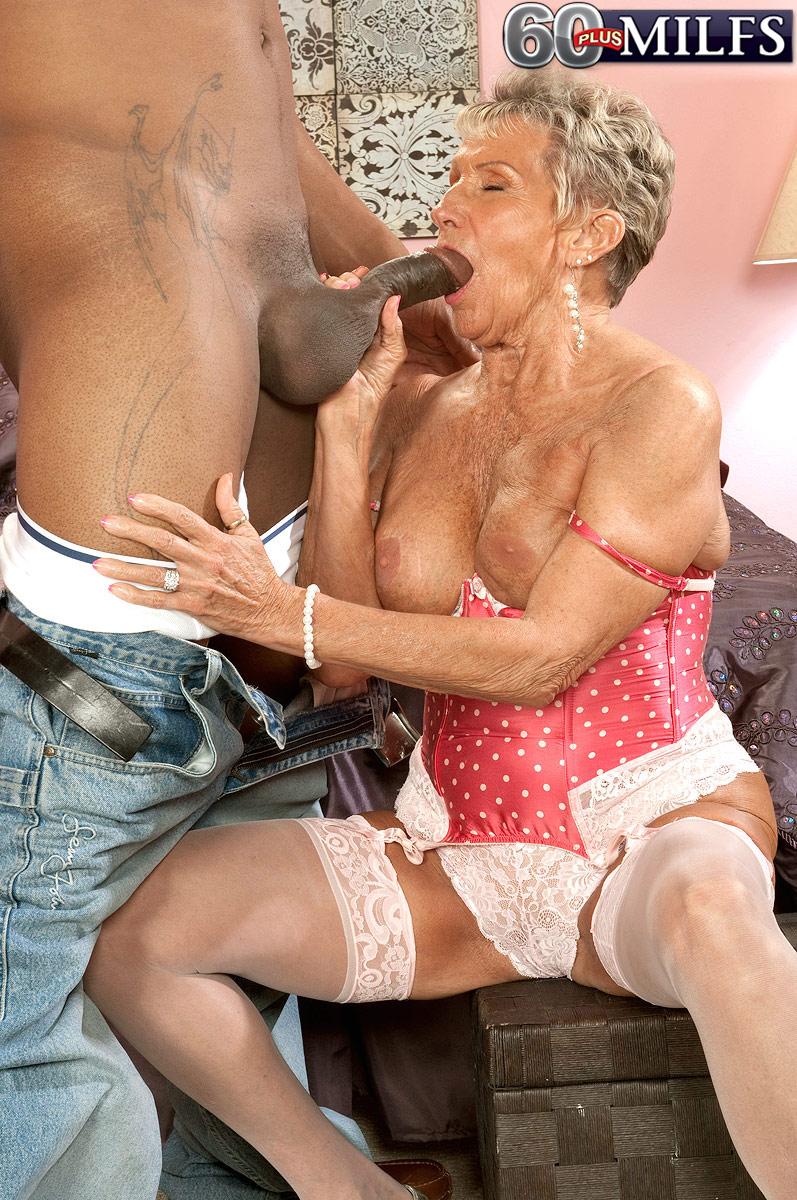 Mature Fucking Granny Hardcore